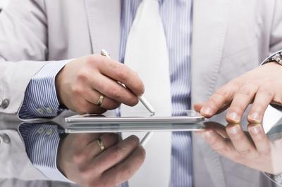 律师:网贷信息中介机构应规范使用电子签名