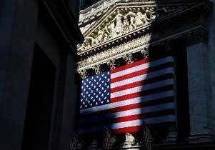 美国百年金融监管渴望平滑曲线