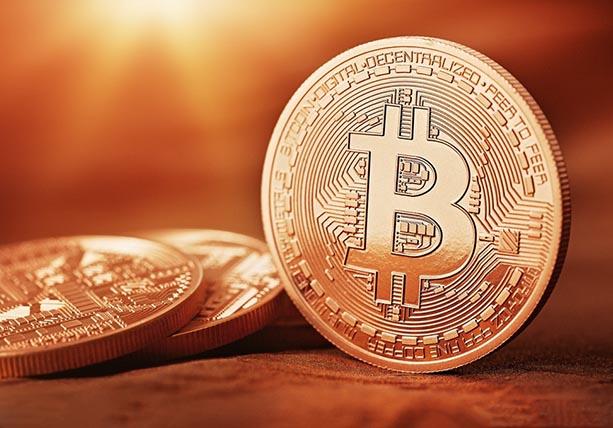 SEC重审比特币ETF上市请求 比特币冲上1300美元 以太币创历史新高
