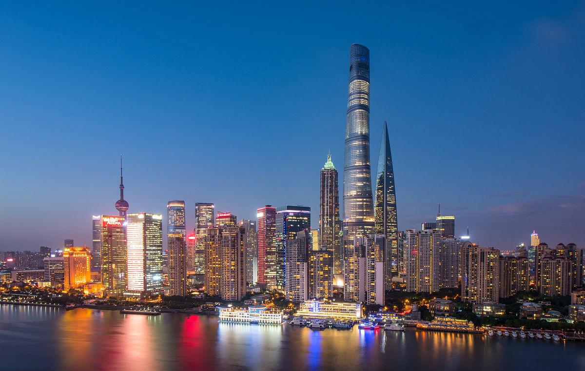 上海举办2017融资租赁创新与发展高峰论坛 上海内外资注册资本金总量超过2300亿