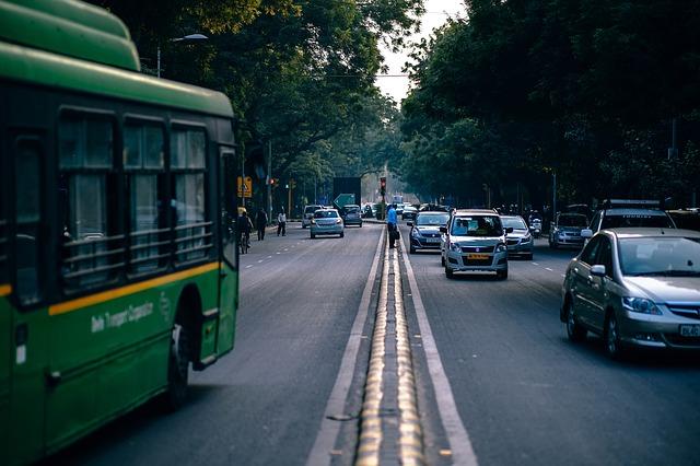 中国重汽与济南公交签订2569辆公共汽车融资租赁合同