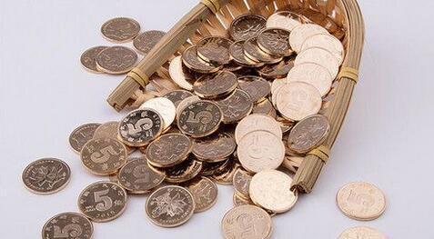 余额宝管理费增51% 可比的76家公司管理费降1.74%