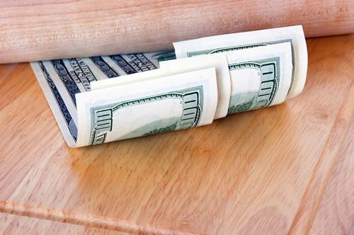 消费金融周报:网传现金贷监管或近期下发;趣店股价大跌,51信用卡拟赴港上市