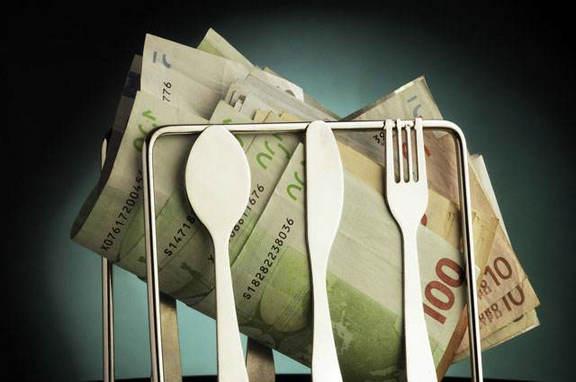 现金贷闷声发财背后:银行间接提供资金,一半借款人多头借贷