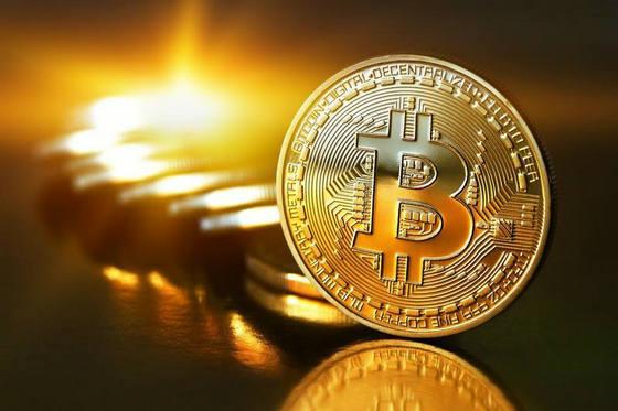 比特币黄金来袭 硬分叉前比特币跌近4%