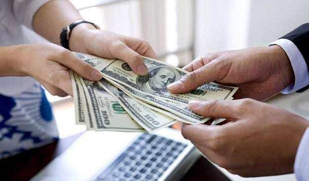 多头借贷乱象:一人一年借30多平台 欠款累计超18万