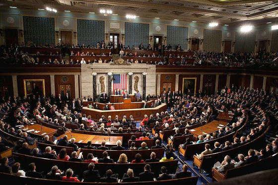 美国国会计划打击加密货币在恐怖主义融资中的使用
