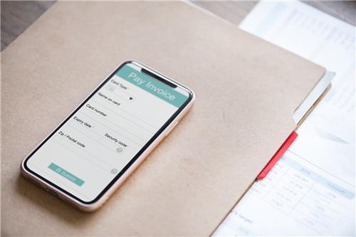 现金贷新套路:假回收真放贷 一键锁手机 催收不费力