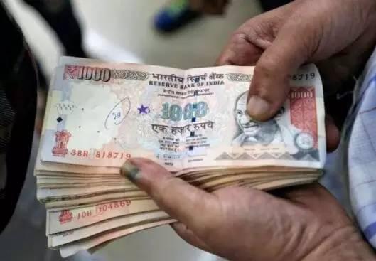 ATM遭遇挤兑的危机证明,在印度仍是现金为王