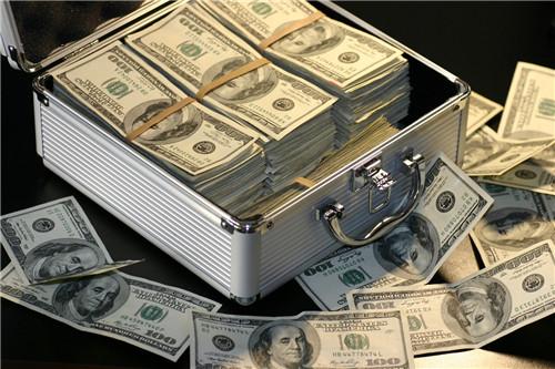 现金贷公司倒闭一半了?消费金融市场加速洗牌,尾部公司逆袭不易