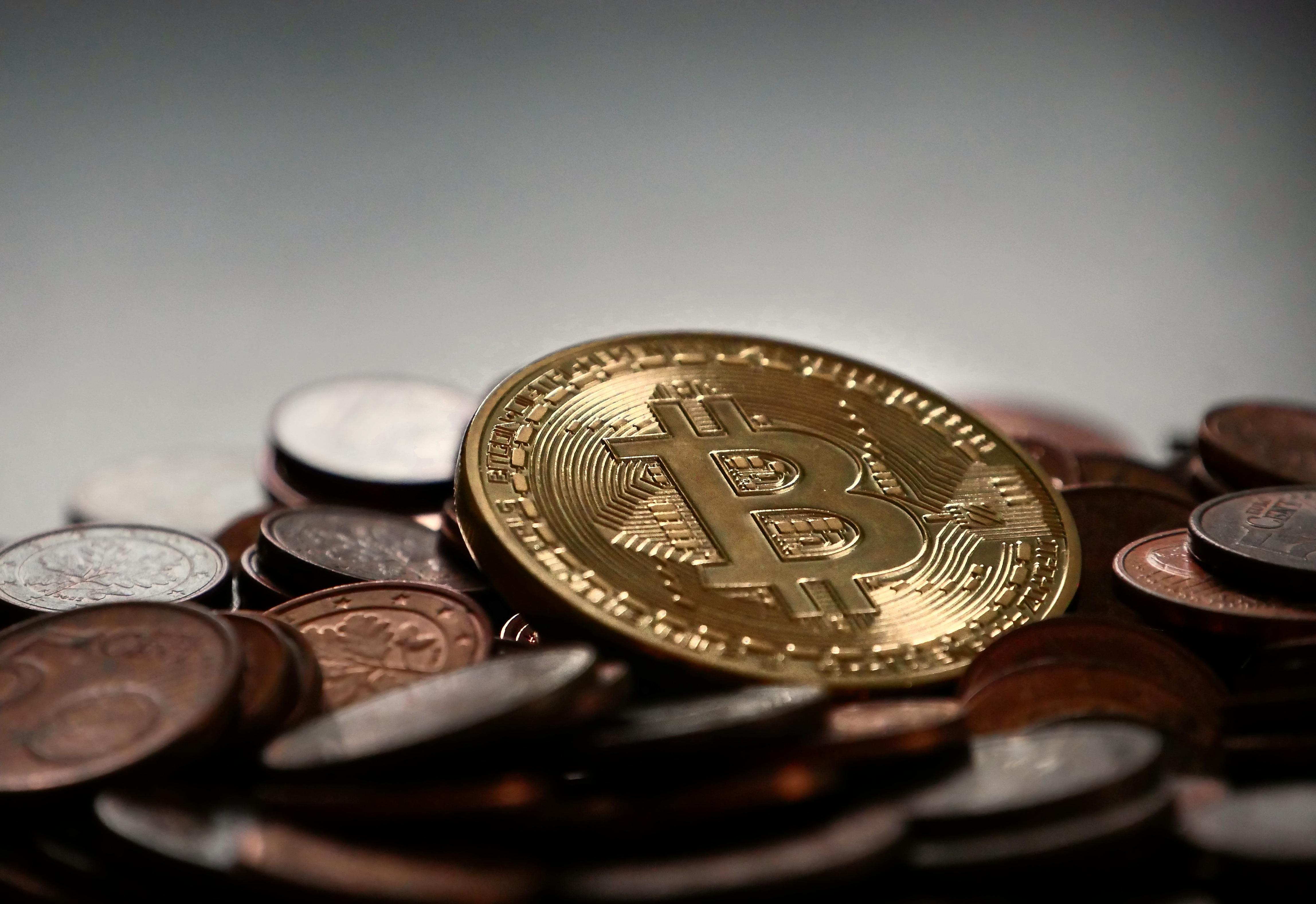美国、加拿大监管机构开展一系列加密货币欺诈调查