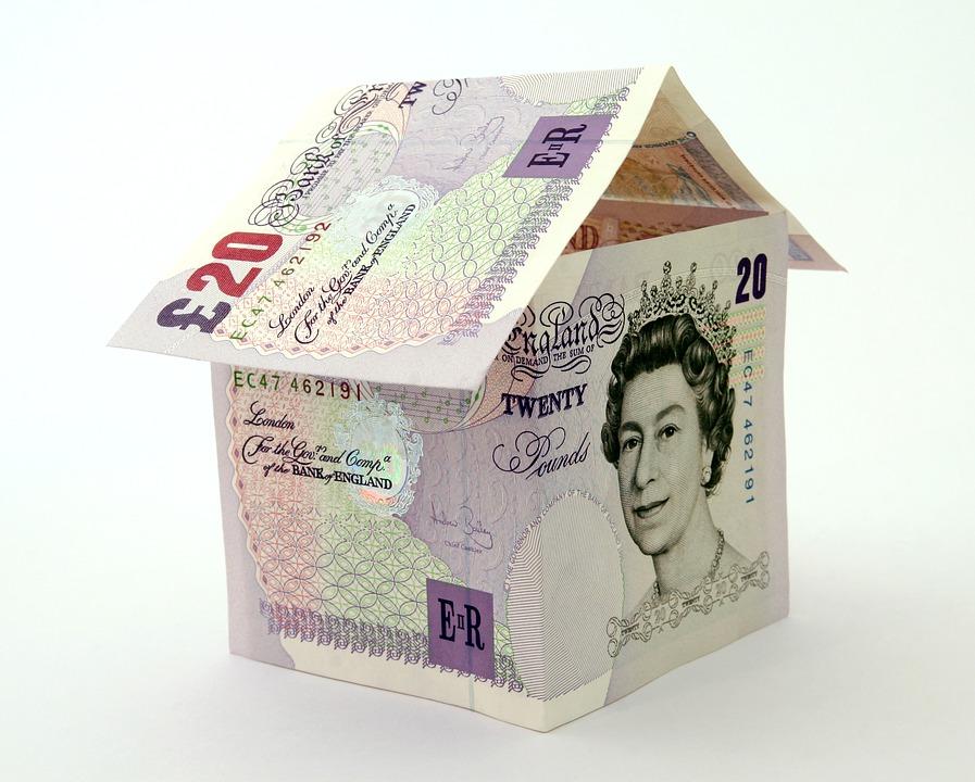 英国金融协会报告:非接触式支付激增97%