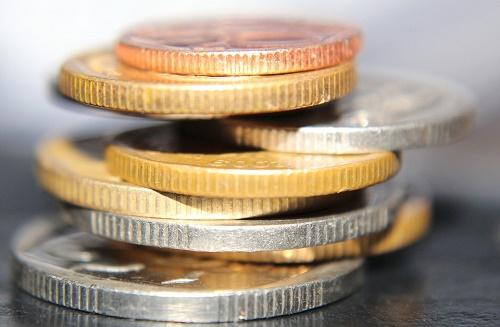 7月起货基T+0限额 银行迅速补位净值型理财激增