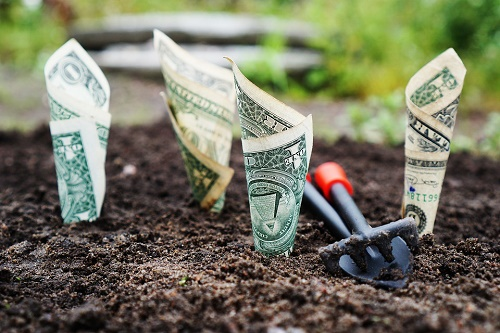 传统资产收益率持续走低,银行如何实现另类投资的突围?